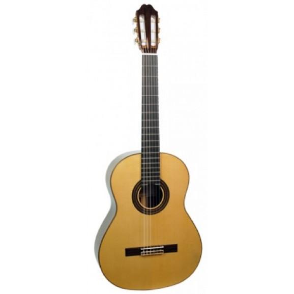 Katoh MCG110S Classical Guitar