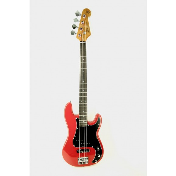 Essex P&J Bass in Red includes Gig Bag